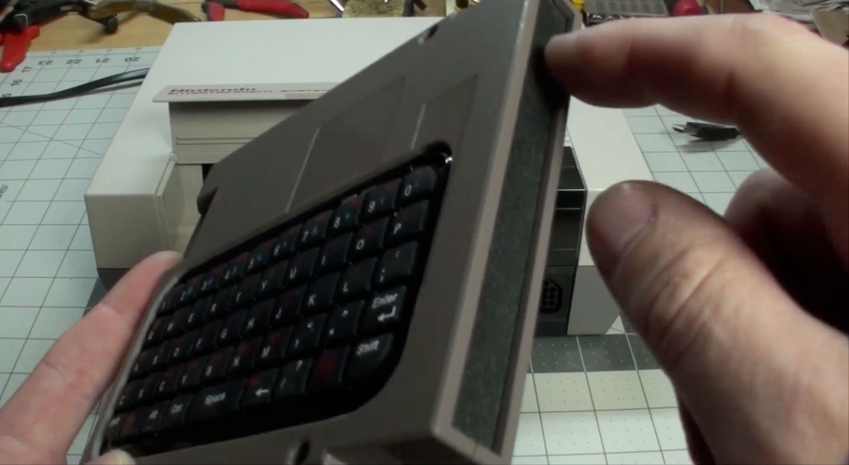 49ad6d6370a NES keyboard: hack a bluetooth keyboard cartridge. Innovative Raspberry Pi  ...